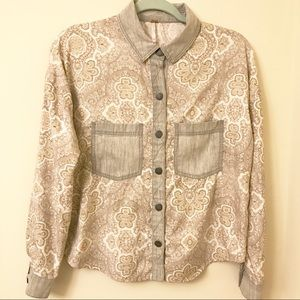Free People button up shirt with chambray accents